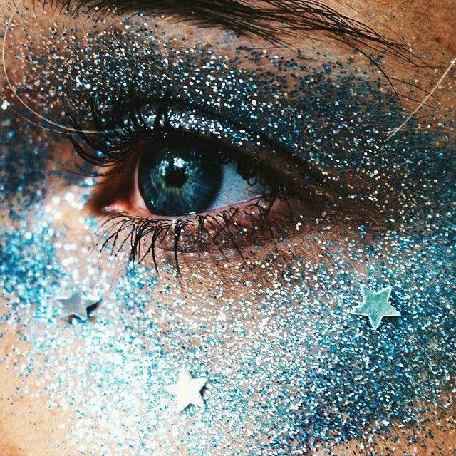 Stickies + blue glitter face paint