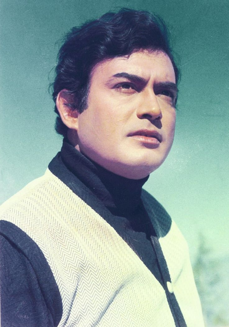 Remembering Sanjeev Kumar on his 32nd death anniversary. (06-11)