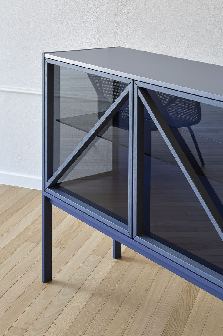 Glass sideboard with doors with integrated lighting Kramer Collection by Miniforms design E-ggs