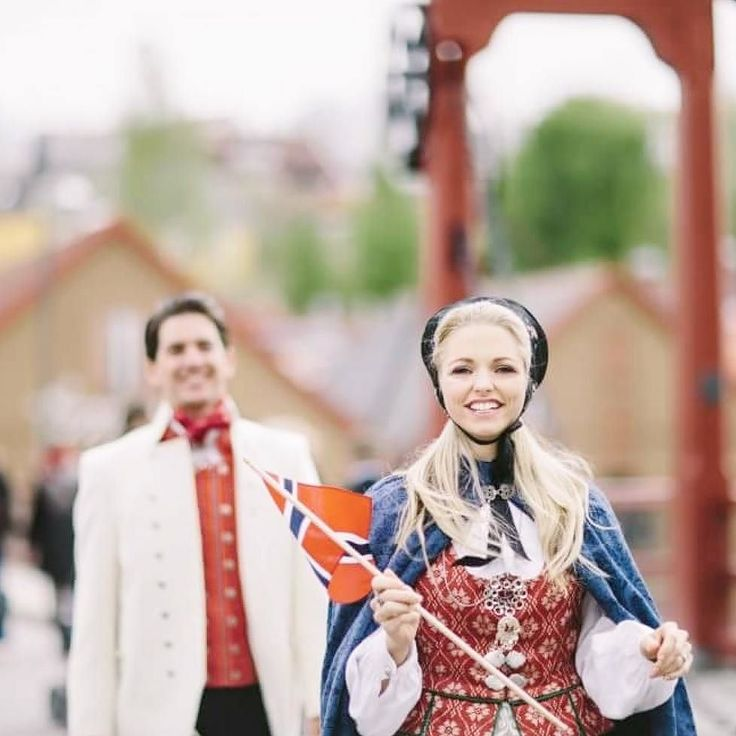 Gratulerer med dagen! Happy constitution day Norway!  . Celebrating 17th of May in Oslo this year with friends and family . That's my husband and I in the picture in our Norwegian national costumes from the Sør-Trøndelag region. . Time for ice cream! Hipp hipp hurra!