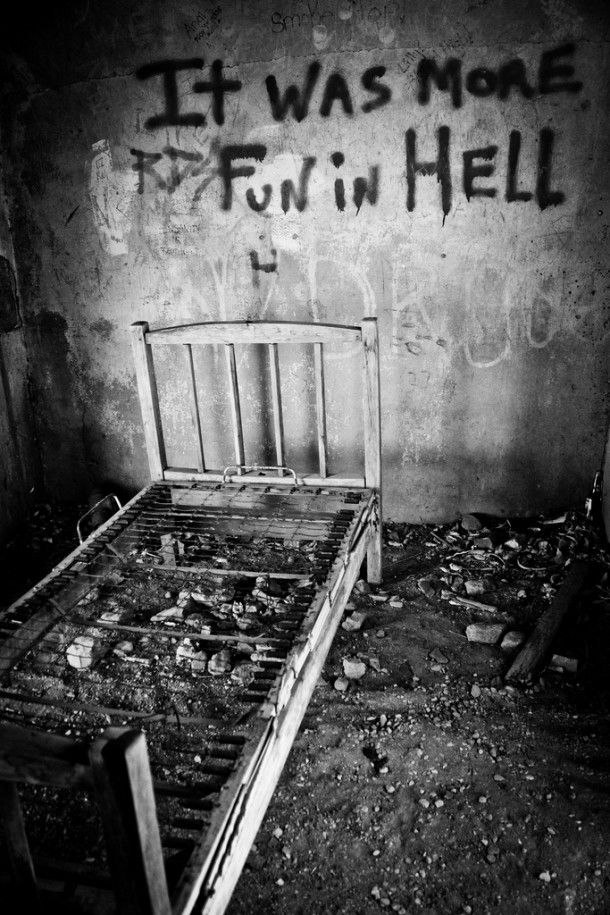 008 More Fun in Hell abandoned hell photography asylum