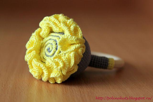 Polina Kuts: Цветок погремушка вязаная крючком
