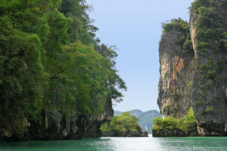 Parque Nacional Ao Phang-Nga, Tailândia. | 15 lugares de tirar o fôlego que você não vai acreditar que são reais