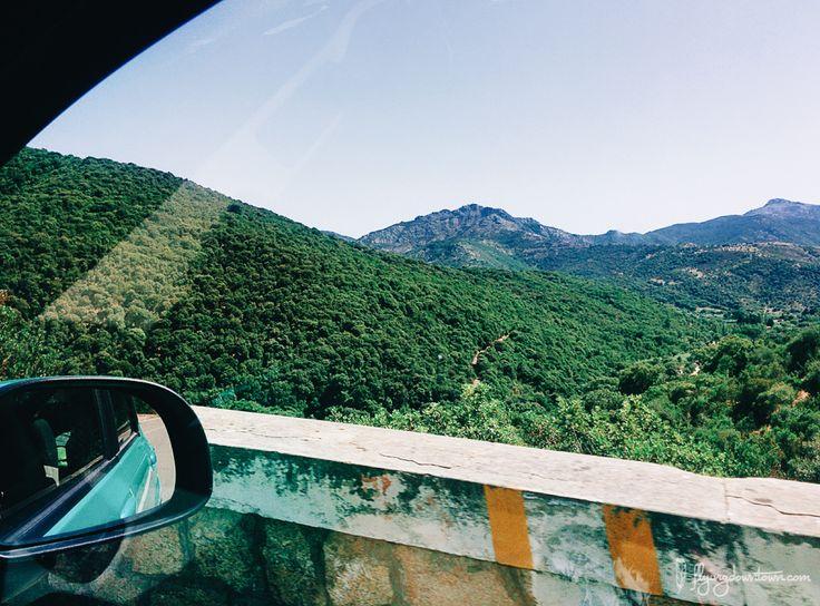 Faire un road trip en Sardaigne, c'est surtout avoir le nez collé à la vitre pour admirer des paysages somptueux !