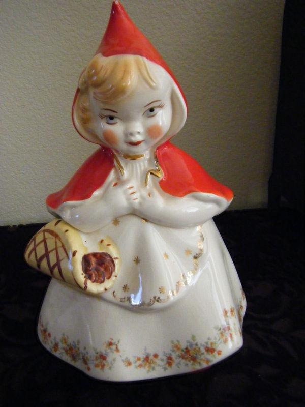 Vintage Little Red Riding Hood Cookie Jar Hull 967