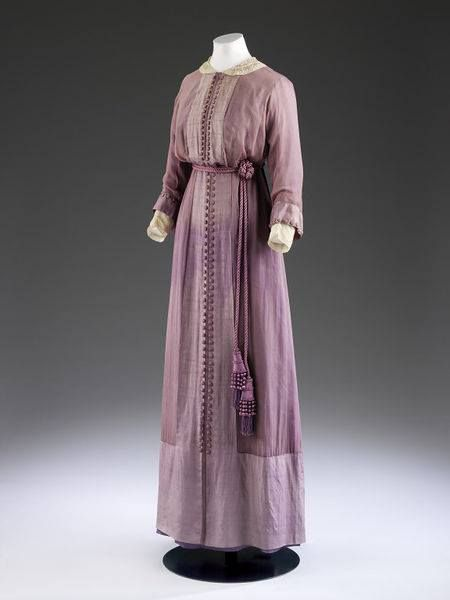Day dress by Mascotte, 1912, England, silk chiffon over silk, grosgrain, lace, boned, embroidered V&A Museum