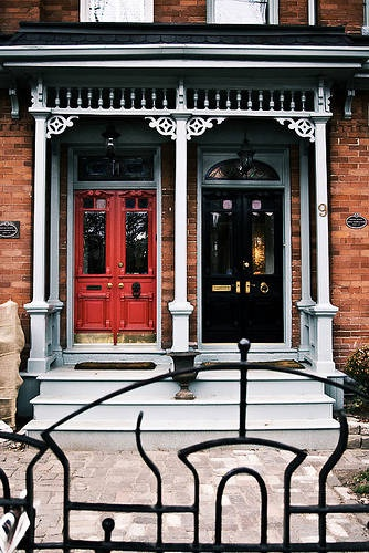 Cabbagetown, Toronto houses | Toronto Architecture - Toronto Architecture Highlights Downtown. Love the gingerbread.