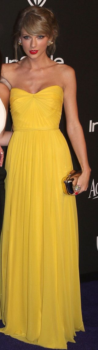 Taylor Swift at the InStyle magazine after party in this vibrant yellow gown by Jenny Packham - 2015 Golden Globe Awards after party