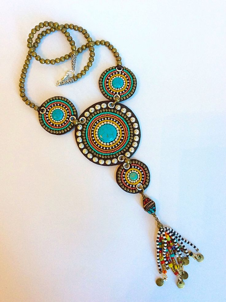 Bead Embroidery Necklace on Brown Leather with por perlinibella