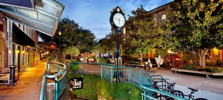 City Market Savannah GA / Events and Things to do in Downtown Savannah Georgia