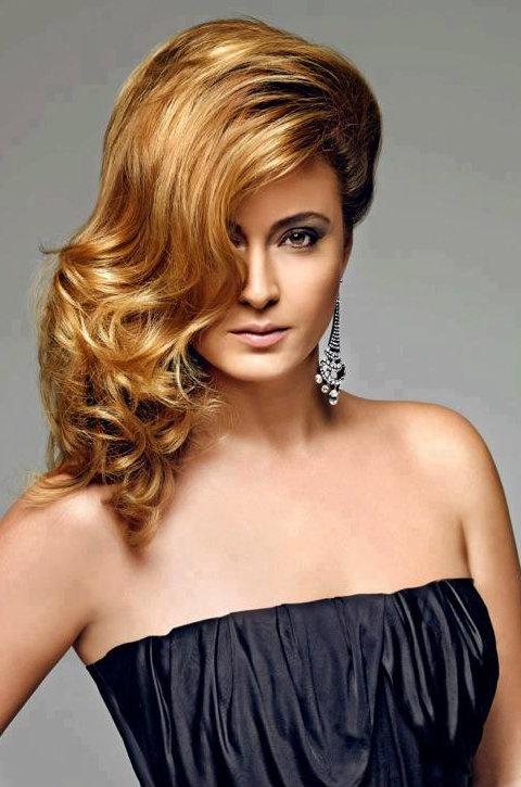 Turkish Actress, Ceyda Düvenci - #Hair #Makeup