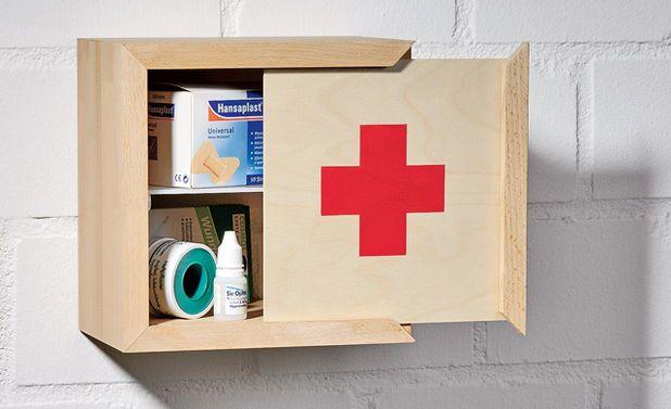 Erste-Hilfe-Kasten bauen