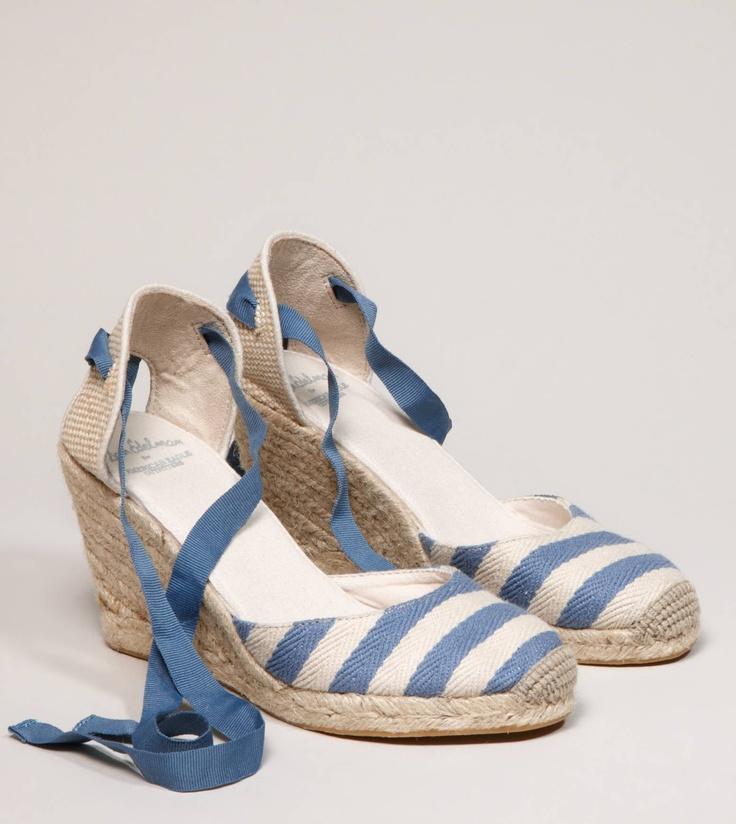 love the blue stripes