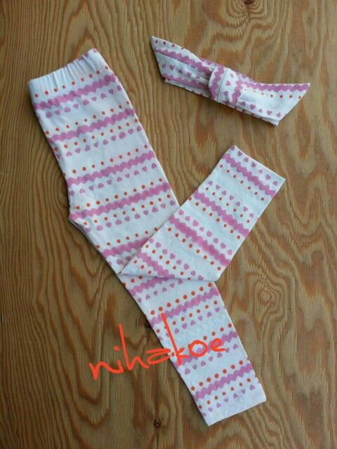 Legging set    For baby 3 month to 2 year..    Panjang 40 cm for baby 3 month to 1 year  Panjang 55 cm for baby 1 year to 2 year     Price : 35.000