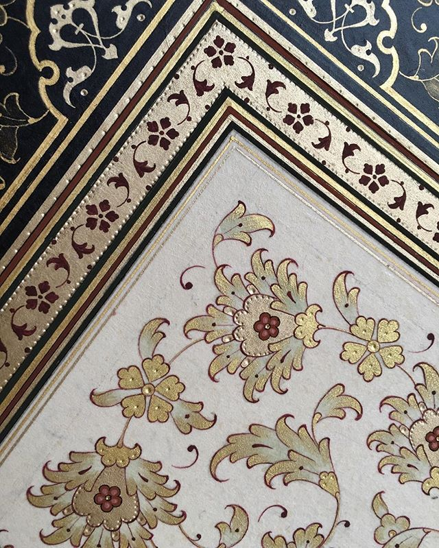 Instagram photo by seymaokur - 2016 #tezhip #halkar #tasarım #desen #seymaokur #izmir #sanat #art #illumination #islamicart #color #gilding #albaraka #turkey