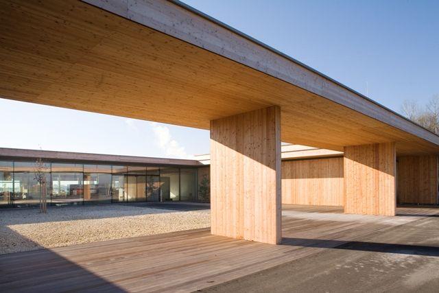 Binder Holz Wooden Center