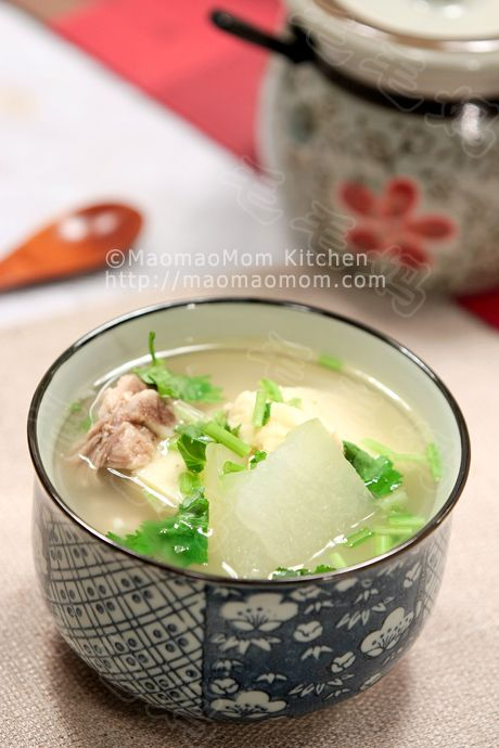 【Winter melon and tofu Soup 】 by MaomaoMom Just got this new model of InstantPot 7-in-1 pressure cooker. It looks very nice and lighter than my previous model. I made a big pot of stock using