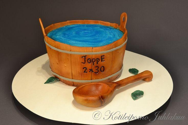 Sauna bucket cake