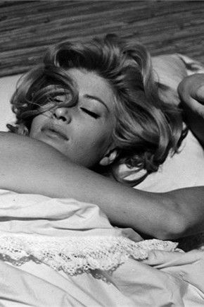 Monica Vitti. Her birthday will be in a few days. She is 80's, and none can meet her, unforunately