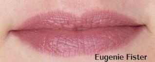 la jolie Eugénie porte le rouge à lèvres certifié bio Avril. Un coup de coeur à retrouver ici: http://www.avril-beaute.fr/maquillage-pas-cher/508-rouge-a-levres-rose-rouge-a-levres-biologique-3662217004638.html #lipstick #lips #rose #rouge #madeinfrance #bio #organic #avril