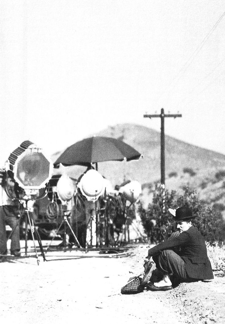 "August 1935 Charlie Chaplin and Paulette Goddard - shooting the final scene ""Modern Times""."