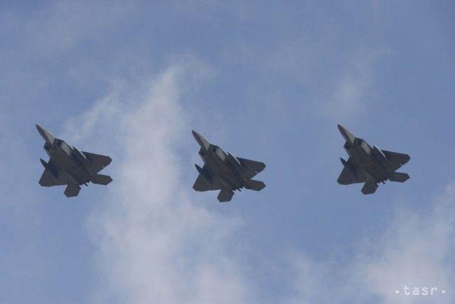 Americké stíhačky vzlietli pri Aljaške k dvom ruským bombardérom - Zahraničie - TERAZ.sk