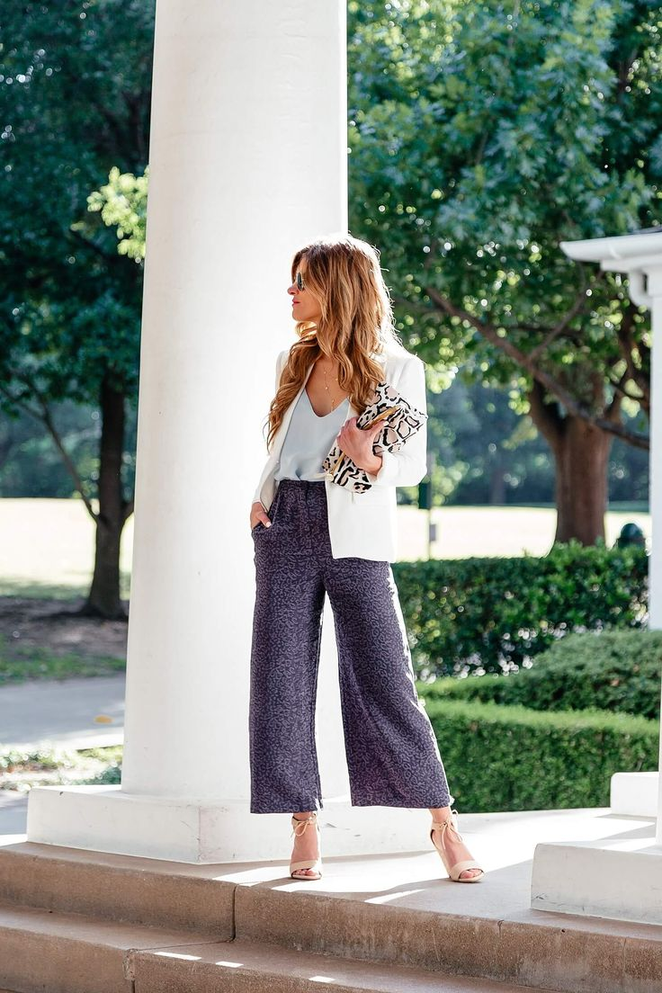 brighton keller styling snappy casual outfit featuring wide leg cropped pants and a blazer