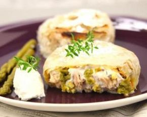 Pastilla de thon aux St Môret® Ligne : http://www.fourchette-et-bikini.fr/recettes/recettes-minceur/pastilla-de-thon-aux-st-moretr-ligne-plaisirr-asperges-vertes-et-aux