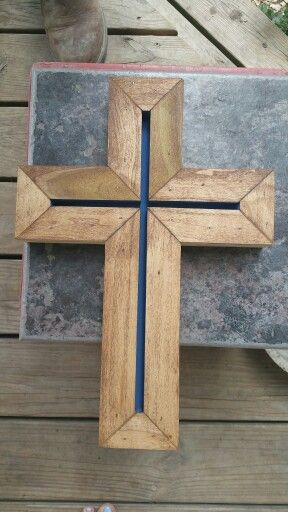 how to make a wooden cross stand