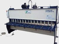 Hydraulic Shearing Machine - iPan Machineries India is a leading manufacturers, exporters,wholesalers,distributors, traders and suppliers of high quality Hydraulic Shearing Machine, Hydraulic Angle Shearing Machine.