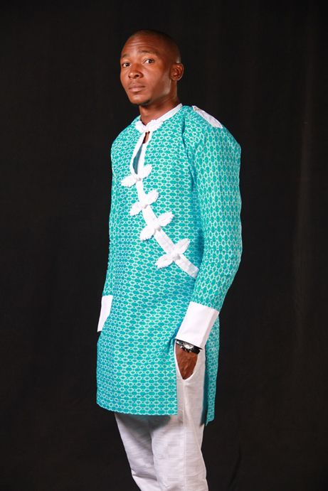 Nigerian style lace with contrast Nigerian style embroidery for men: this fabric is actually made in Switzerland & Austria, but is worn by Africans predominantly.