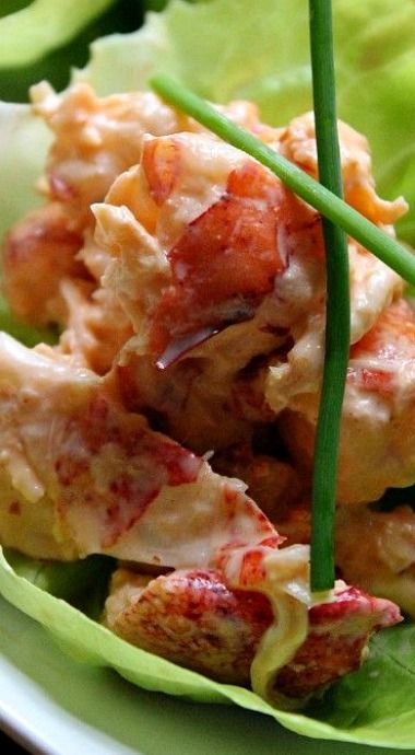 Chilled Sriracha Lobster Salad Lettuce Cups