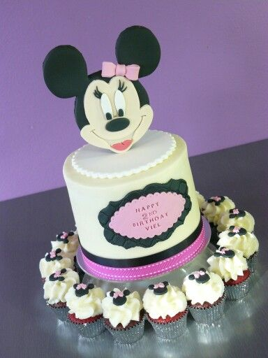 Minnie Mouse  cake and cupcake combo