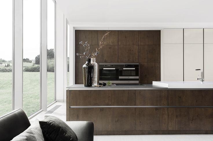 moderna kuchyna HANAK na mieru, dyha v kombinacii s lakom