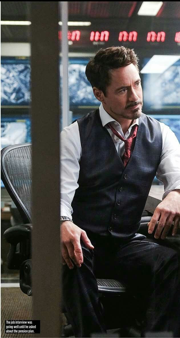 Omg he is SO handsome!!  I love Tony (aka RDJ)!