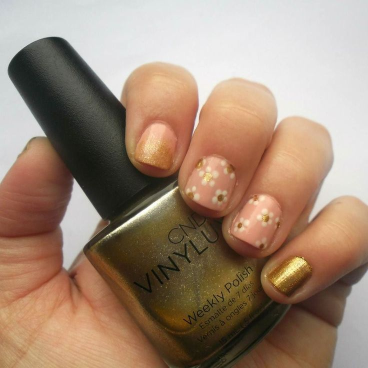 #nails CND Craft Culture| Brass Button  Απλά το λάτρεψα και σε κάθε nail art το χρησιμοποιώ!  More photos:diary-of-a-beauty-addict.blogspot.gr  #diaryofabeautyaddict #nailsmagazine #elbeautythings  #nbloggers #nailpolish #cndvinylux #mycosmolook #nails2inspire #nailartwow #greekblogger #bbloggersgr #greekbloggers #bbloggers #instablogger #instanails ##nailpromote #craftculture #cndcraftculture
