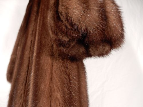 REVILLON-MINK-COAT-WITH-SABLE-COLLAR-SIZE-6
