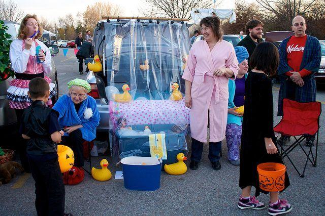 Bath tub them. Rubber duck theme. Fall trunk or treat ideas
