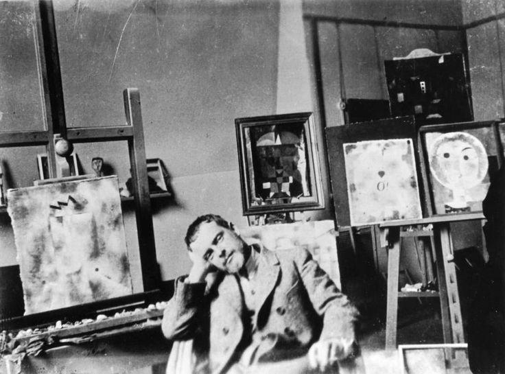 PAUL KLEE. Studio.