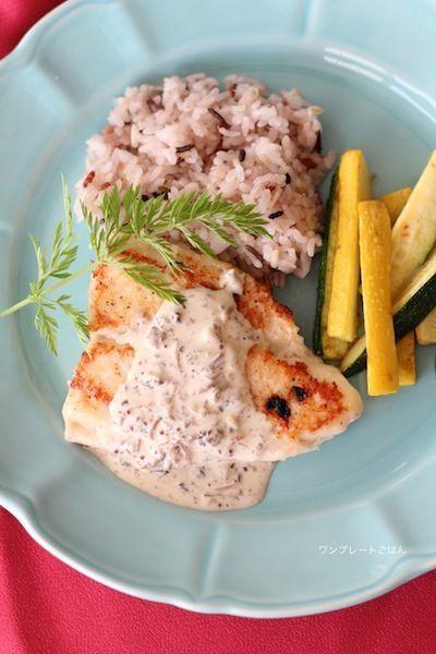 「白身魚のマスタードマッシュルームソース」:マイティさん連載:朝・昼・晩おもてなしに!おうちで楽しむ♪ワンプレートごはん:レシピブログ