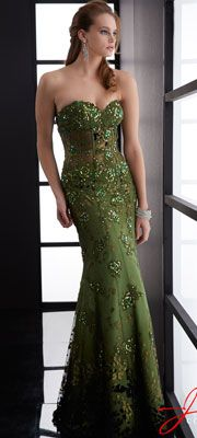 17 Best images about Green long dress on Pinterest | Long prom ...