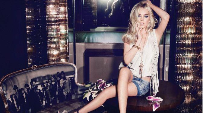 Lindsay Lohan Kencan dengan Supir Taksi