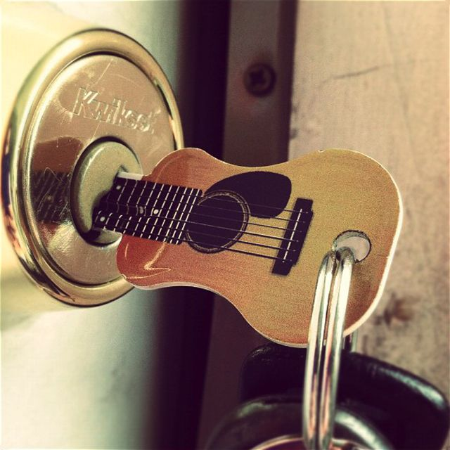 Cool! guitar key!