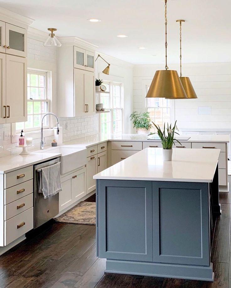 diamond vibe cabinets + savoy house lighting + calacatta gold quartzsilestone + atlas
