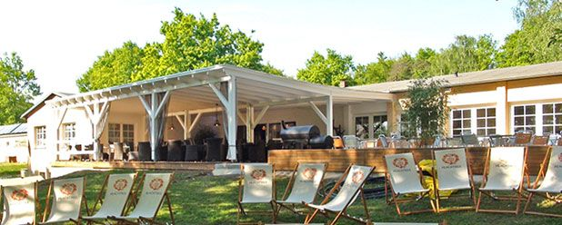 Welcome to the SOLA LODGE Bad Sonnenland- Moritzburg, brunch on Sunday, stay and play overnight as well.