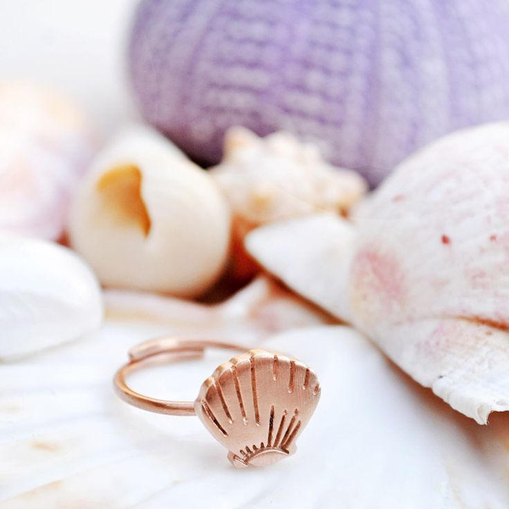 Counting our summer keepsakes and can't wait for the new season! 😉☀️🐚  #jewelryaddict #handmadering #handmade #summerkeepsakes #shell #sea #seashell #seashells #shells #summer #seashellring #shellring #summerjewelry #stackingrings #stackablerings #rings