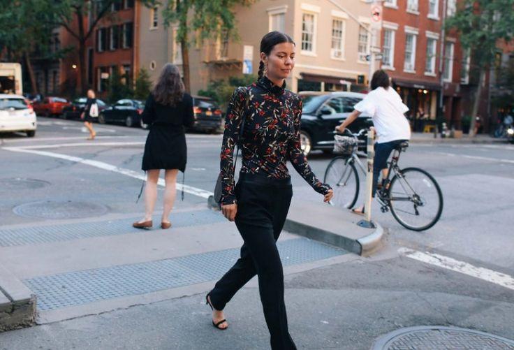 Moda haftaları tüm hızıyla sürerken, New York Moda Haftası'nda yer alan sokak stillerini incelemeye ne dersiniz? #moda #nfw #ss17
