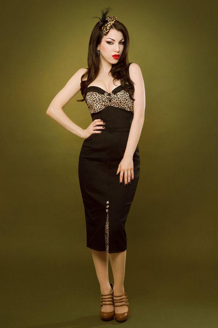 Pin up rockabilly leopard print black dress.