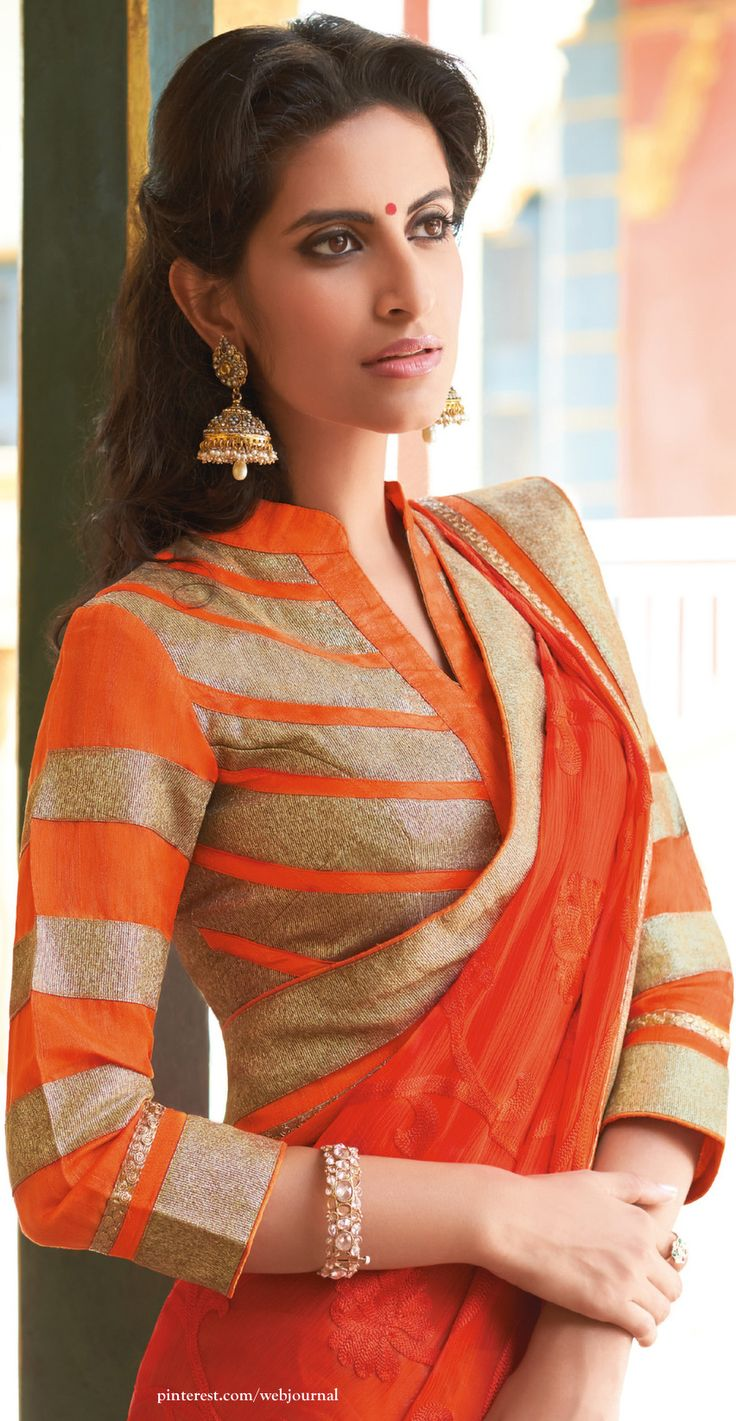 Beige golden brocade blouse blouse designs blouse designs for sarees - Top Designer Quarter Sleeves For Saree Best Blouse Designs With Quarter Sleeves Is A Fashion Trend Best Designs Of Quarter Sleeves For Saree