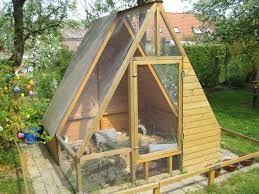 ber ideen zu kaninchenstall bauen auf pinterest meerschweinchen hasenstall und. Black Bedroom Furniture Sets. Home Design Ideas